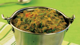 Hariyali Dal (Multi Nutrient Pregnancy Recipe) by Tarla Dalal