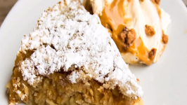How to make Swedish Apple Cake (Äppelkaka)
