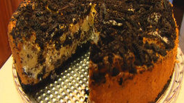 Betty's Oreo Cheesecake (Similar to Cheesecake Factory) -- EASTER