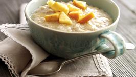 Persimon, Apple and Cinnamon Porridge