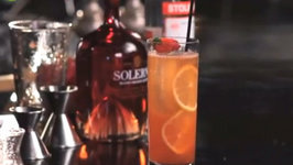 How to Make a Strawberry Collins Cocktail