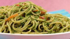 Spaghetti in Spinach Sauce (Iron Rich) by Tarla Dalal
