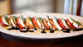 Peach Caprese Salad  How to Make It in 60 Seconds