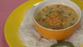 Ceylonese Curry with Rice Noodles