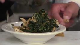 Chicken Florentine with Spinach Pesto