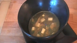 Vegetable Soup with Ginger, Spinach and Tofu
