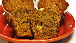 Pumpkin White Chocolate Chip Muffins