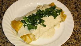 Chicken Salsa Verde And Cheese Enchiladas
