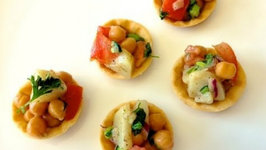 Aloo Chana Chaat (Healthy Indian Snacks)