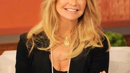 Goldie Hawn Still A Stunner At 67!