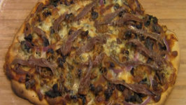 How To Make Pizza Thin Crust Walnut With Mushrooms Spinach And Gorgonzola Cheese