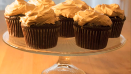 Chocolate Cupcakes with Fluffy Peanut Butter Frosting Cupcake Show 8