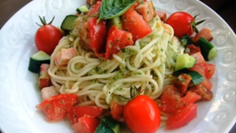 Cucumber and Tomato Cold Pasta