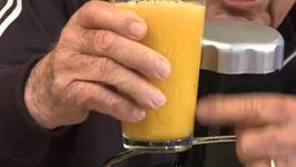 Orange Juice the Better Way
