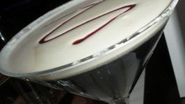 Amaretto Martini Garnishing Tips