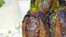 Gutti Vankai  (Masala Stuffed Eggplants)