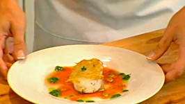 Potato Encrusted Sea Scallops with Bloody Mary Sauce