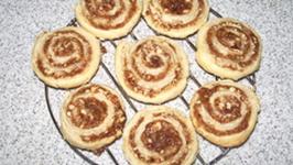 Delicious Fig Pinwheels