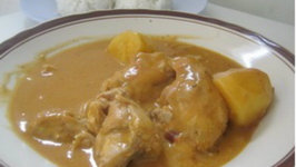 Groundnut Soup with Chicken - African Food