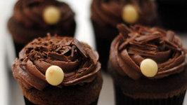 Milk Chocolate Mousse in Dark Chocolate Cups