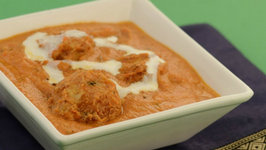 Potato Koftas in Makhani Gravy by Tarla Dalal