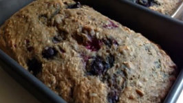 Triple Bitchen Berry Bread