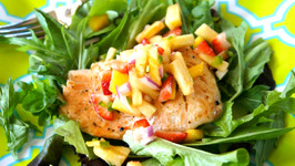 Grilled Salmon with Tropical Salsa