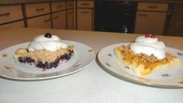 Easy to Bake Buttermilk Fruit cake, Blueberry and Peach with CrumbleStreusel