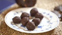 Vegan Ginger Truffles