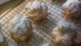 Pate A Choux - Cream Puffs