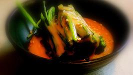 Persian Spinach Salad With Yogurt Dressing