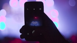 New Apple Patent Deactivates iPhone Cameras at Live Concerts