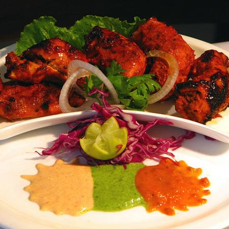 Tandoori Chicken Served with Sauces