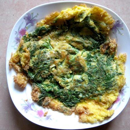 Cha Om Omelette