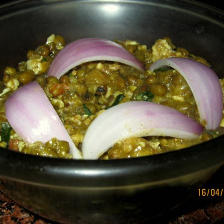 Homemade Egg Tadka