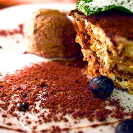 Tiramisu with ice cream and blueberries