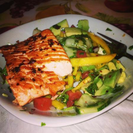 Salmon and mango thai salad