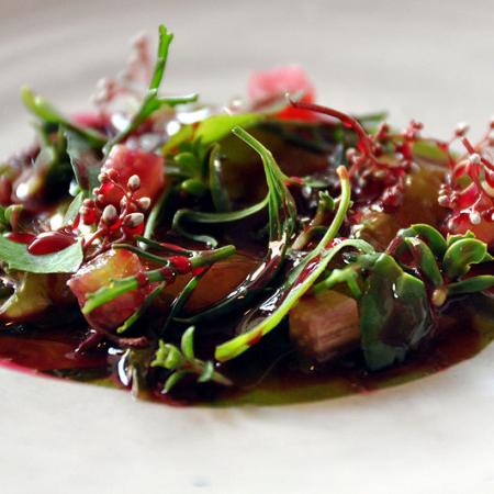 Raw shrimp with seaweed, rhubarb and herbs