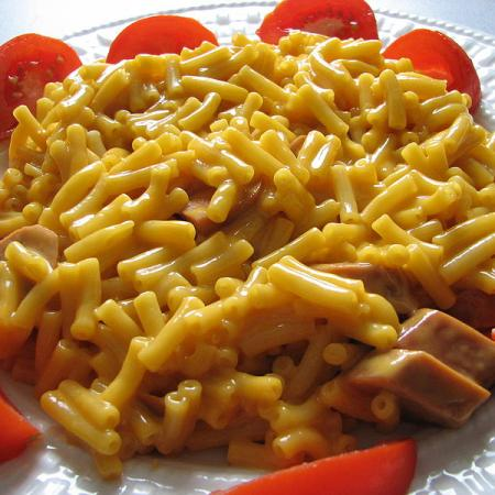 macaroni with cheddar cheese