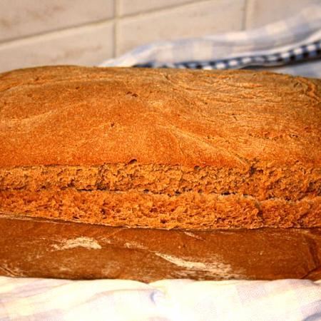 whole grain wheat and rye sourdough bread