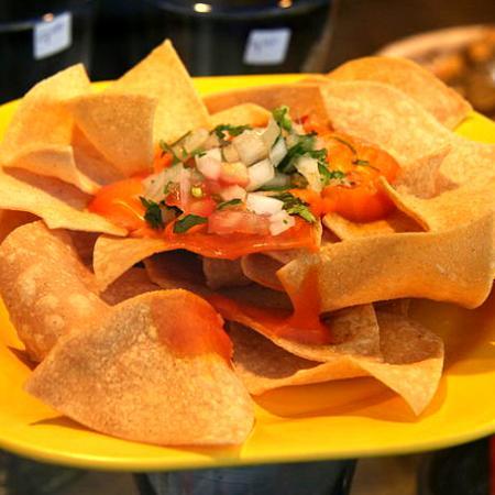 Tortilla chips Guacamole