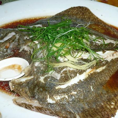 Steam Pomfret Fish with Sauce