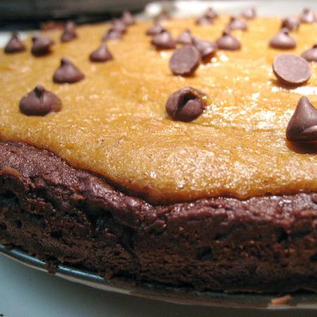Pumpkin pie brownies with chocolate chips