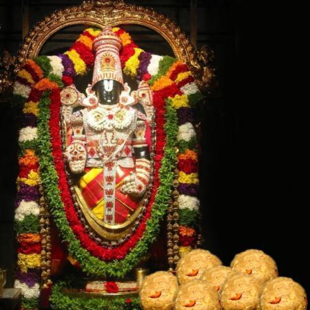 Tirupathi Balaji With  Tirupati Ladoo