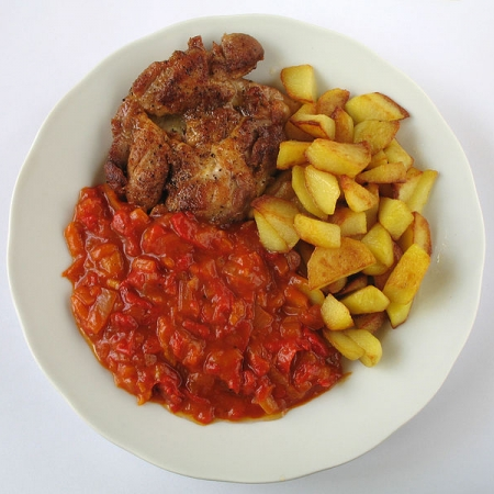 Ragout with grilled meat and potatoes