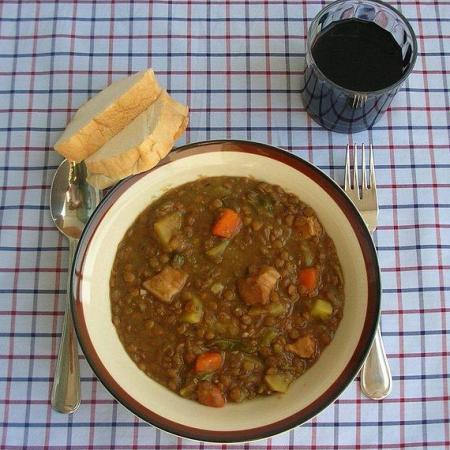 Catalan lentil soup