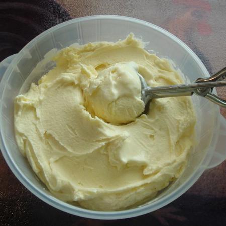 White mocha ice cream