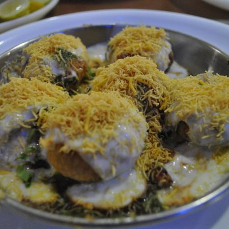 Dahi Puri with Toppings
