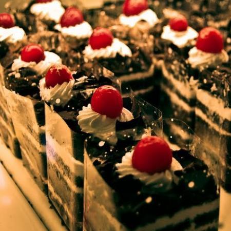 Black Currant Pastries