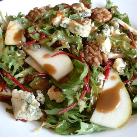 Blue Cheese, Walnut And Pear Salad